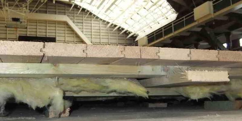 Schadstoffsanierung von KMF aus einer Sporthalle